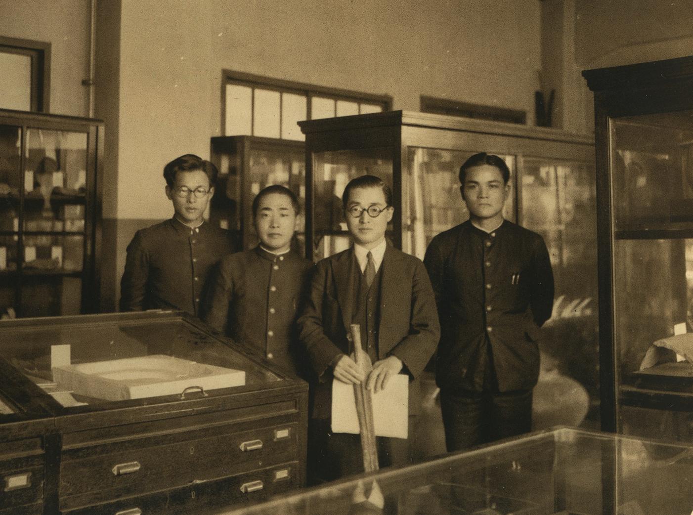 考古学資料室にて昭和14(1929)年