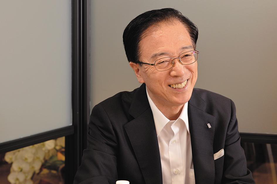 赤井学長は「個性や違いを相互に受けることで新しいものが創造される」と話す。